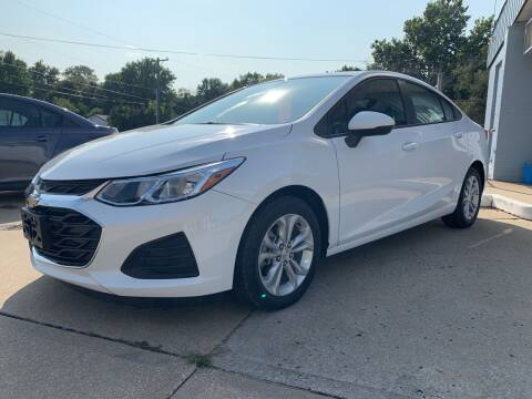 2019 Chevrolet Cruze for sale at GRC OF KC in Gladstone MO