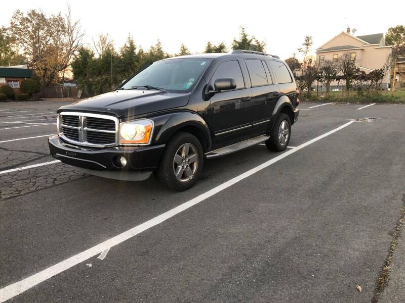 2006 Dodge Durango for sale at Whiting Motors in Plainville CT