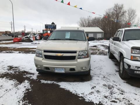 2007 Chevrolet Avalanche for sale at BARNES AUTO SALES in Mandan ND