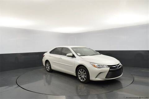 2017 Toyota Camry Hybrid for sale at Tim Short Auto Mall in Corbin KY