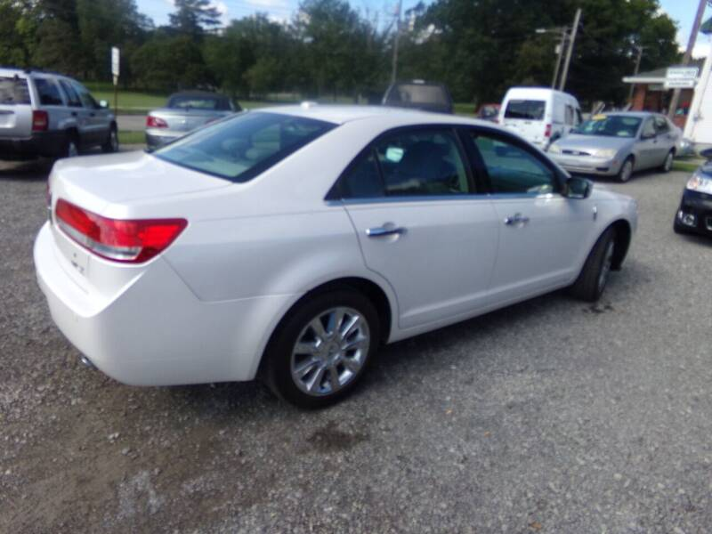 2010 Lincoln MKZ for sale at English Autos in Grove City PA