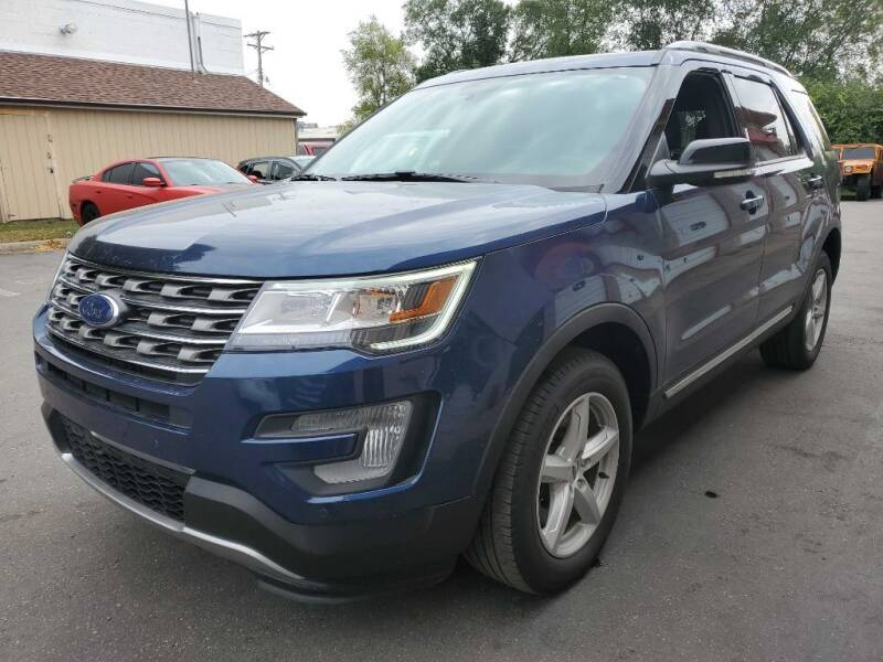 2017 Ford Explorer for sale at MIDWEST CAR SEARCH in Fridley MN