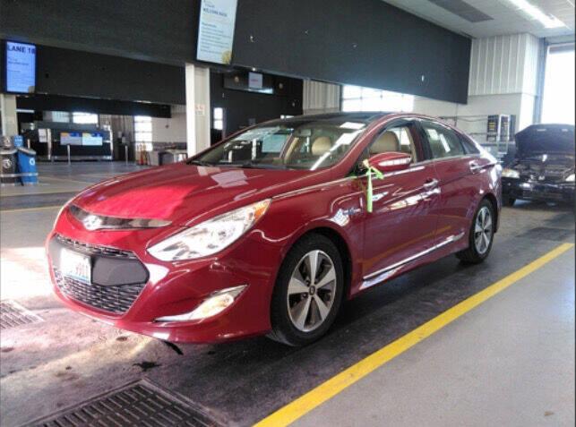 2011 Hyundai Sonata Hybrid for sale at HW Used Car Sales LTD in Chicago IL