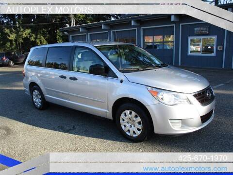 2011 Volkswagen Routan for sale at Autoplex Motors in Lynnwood WA