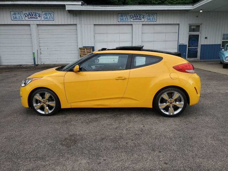 2016 Hyundai Veloster for sale at Dave's Garage & Auto Sales in East Peoria IL