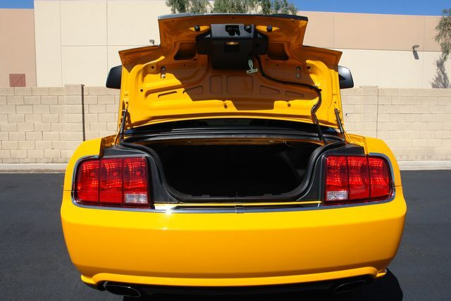 2007 Ford Mustang 32