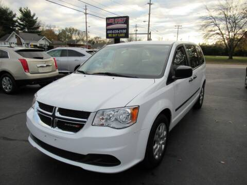 2016 Dodge Grand Caravan for sale at Lake County Auto Sales in Painesville OH