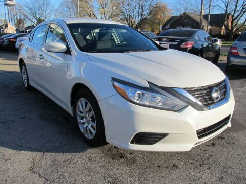 2016 Nissan Altima for sale at St. Mary Auto Sales in Hilliard OH