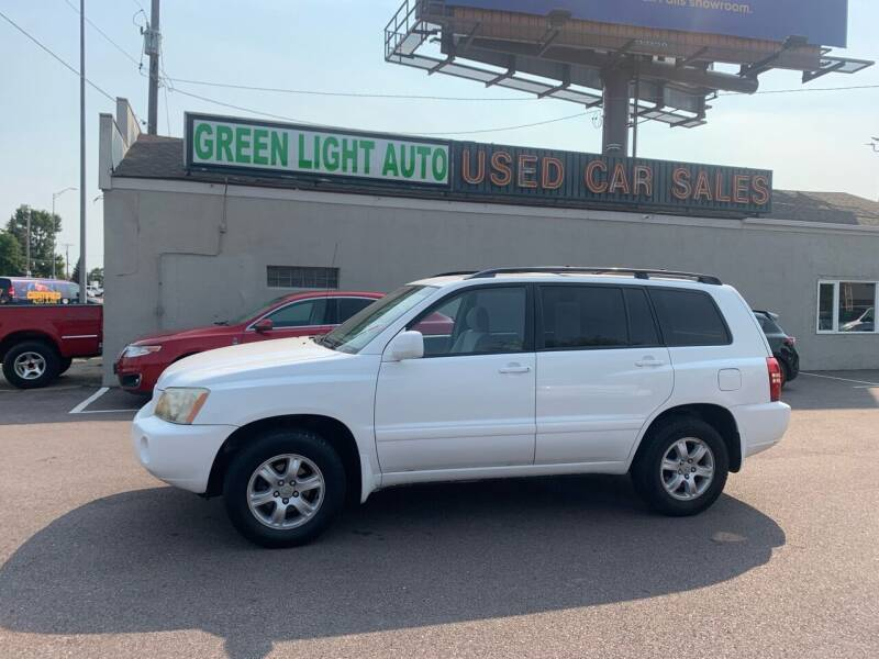 2003 Toyota Highlander for sale at Green Light Auto in Sioux Falls SD