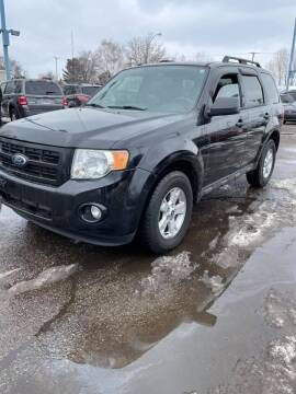 2010 Ford Escape for sale at R&R Car Company in Mount Clemens MI