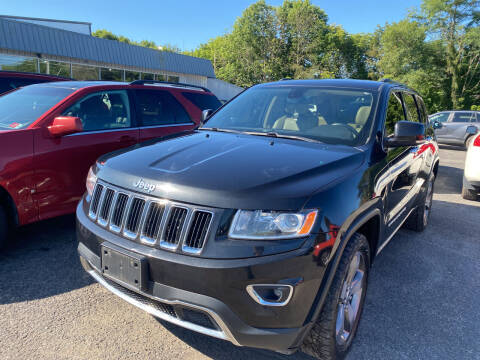 2014 Jeep Grand Cherokee for sale at Ball Pre-owned Auto in Terra Alta WV