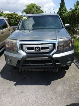 2009 Honda Pilot for sale at Dulux Auto Sales Inc & Car Rental in Hollywood FL