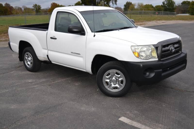 2009 Toyota Tacoma for sale at GLADSTONE AUTO SALES    GUARANTEED CREDIT APPROVAL in Gladstone MO