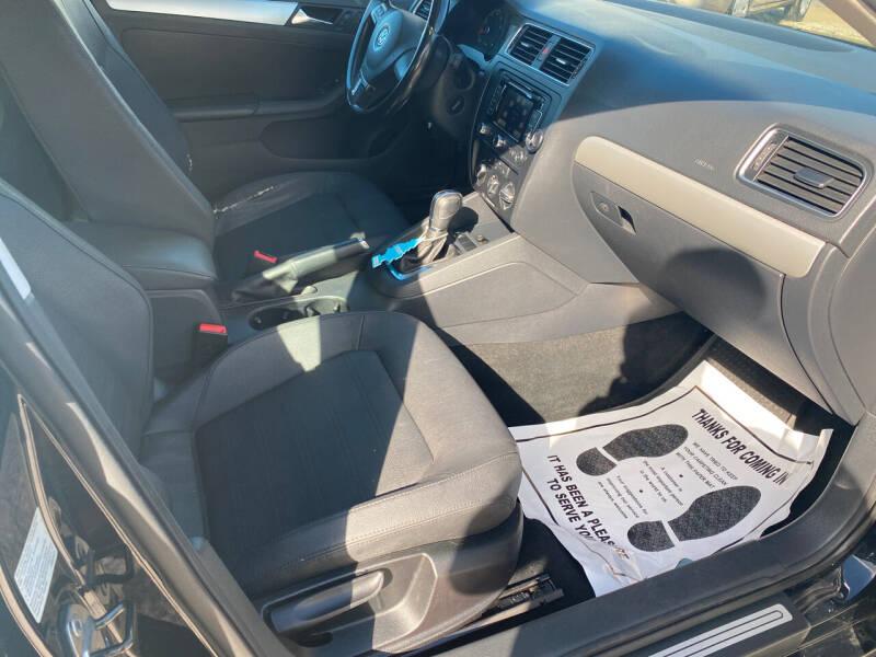 2011 Volkswagen Jetta for sale at Advantage Motors in Newport News VA