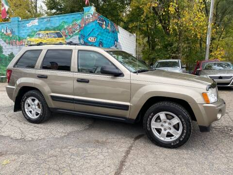 2006 Jeep Grand Cherokee for sale at Showcase Motors in Pittsburgh PA