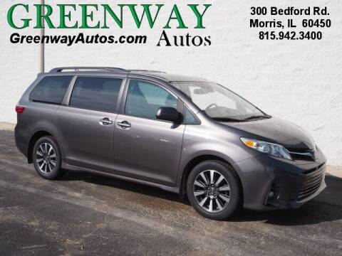 2018 Toyota Sienna for sale at Greenway Automotive GMC in Morris IL