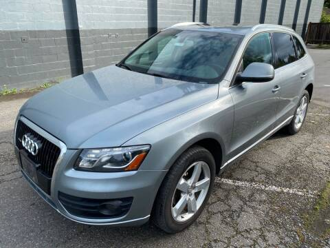 2010 Audi Q5 for sale at APX Auto Brokers in Lynnwood WA