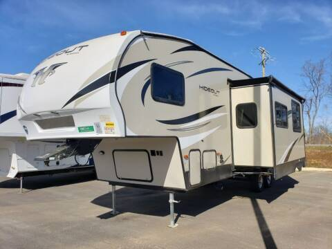 2019 Keystone Hideout 281DBS  for sale at Ultimate RV in White Settlement TX