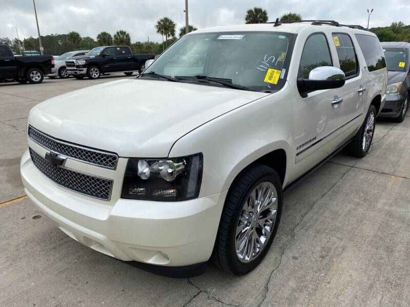 2011 Chevrolet Suburban for sale at LUXURY IMPORTS AUTO SALES INC in North Branch MN