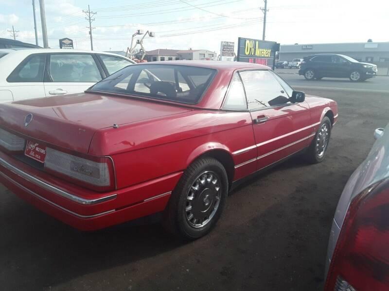 1989 Cadillac Allante for sale at BARNES AUTO SALES in Mandan ND