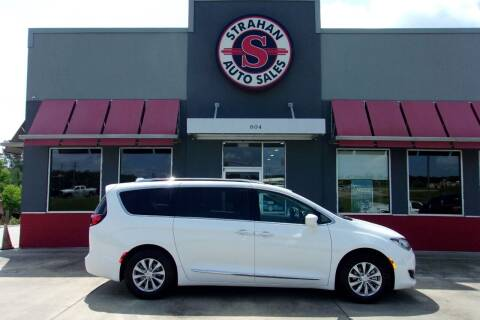 2019 Chrysler Pacifica for sale at Strahan Auto Sales Petal in Petal MS