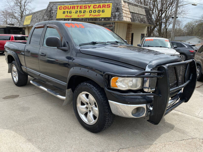 2004 Dodge Ram Pickup 1500 for sale at Courtesy Cars in Independence MO