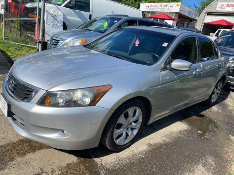 2008 Honda Accord for sale at Drive Deleon in Yonkers NY