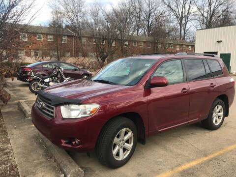 2010 Toyota Highlander for sale at 4th Street Auto in Louisville KY