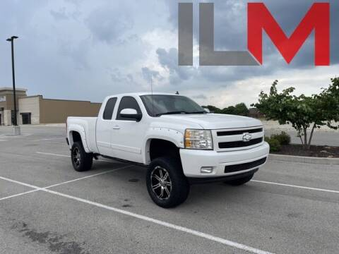 2007 Chevrolet Silverado 1500 for sale at INDY LUXURY MOTORSPORTS in Fishers IN