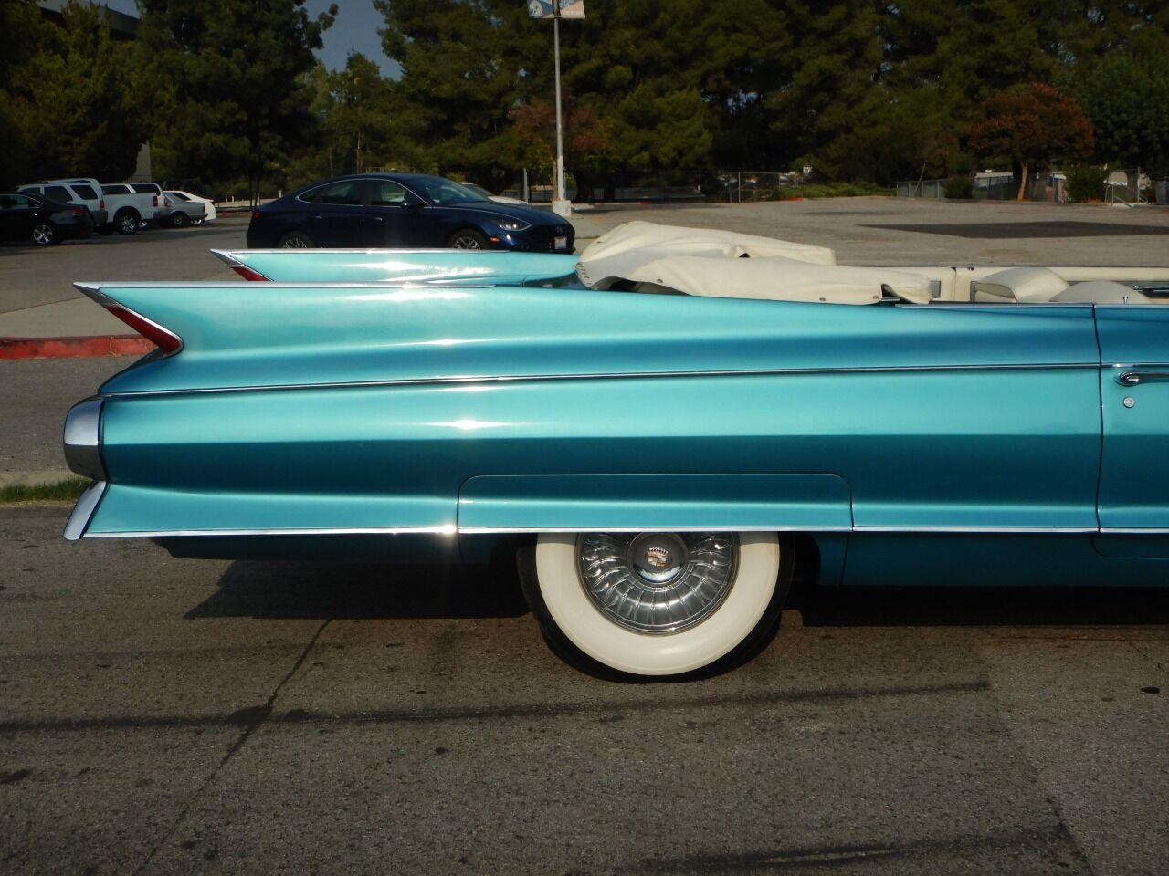 1961 Cadillac Eldorado Biarritz 34