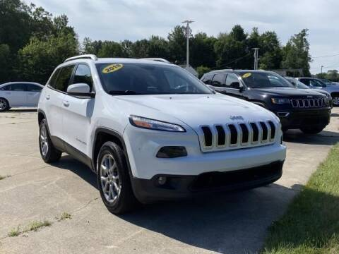 2018 Jeep Cherokee for sale at Betten Baker Preowned Center in Twin Lake MI