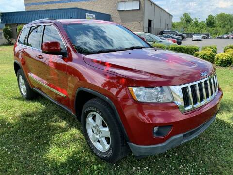 2011 Jeep Grand Cherokee for sale at Essen Motor Company, Inc in Lebanon TN