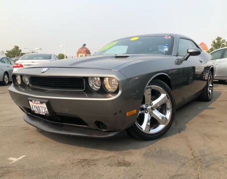 2012 Dodge Challenger for sale at LUGO AUTO GROUP in Sacramento CA