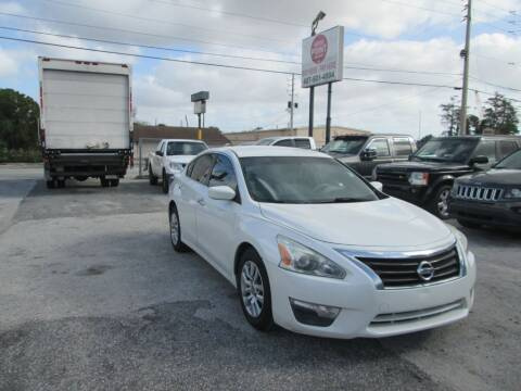 2014 Nissan Altima for sale at Motor Point Auto Sales in Orlando FL