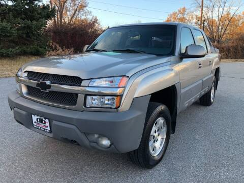 2002 Chevrolet Avalanche for sale at DRIVE N BUY AUTO SALES in Ogden UT